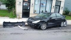 Smashed Lexus #4 (artistmac) Tags: chicago il illinois city urban street car automobile luxury lexus es sedan wrecked accident bumper facia canaryville 47thstreet