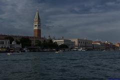 IMG_4552 (Matteo Scotty) Tags: 2016 canon acqua laguna venezia sotto il cielo nuvole blu azzurro bacino di san marco basilica campanile