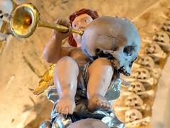 Sedlec Ossuary (GrisParr) Tags: kutnhora czechrepublic europe travel art old bones skull bonechurch cherub sculpture church indoors worldheritagesites