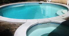 "Newly built pool & spa w/ white plaster • <a style=""font-size:0.8em;"" href=""http://www.flickr.com/photos/71548009@N02/7977028987/"" target=""_blank"">View on Flickr</a>"
