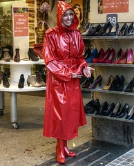 RED HEELS (klepptomanie) Tags: lady mac shoes highheels boots hood raincoat wellies rubberboots rainwear gummistiefel klepper