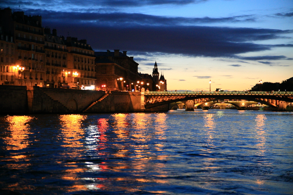 PARIS040.JPG