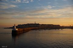 Dpart (_Eric.R_) Tags: sunset sky sun colors saint clouds port rising harbor soleil brittany harbour couleurs sony bretagne ciel nuages saintmalo malo lever a77 illeetvilaine slta77 sal1650