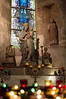 DSC_0362 (Farfeflou) Tags: eglise idole statut lumiere bougie mont saint michel vierge vitraux