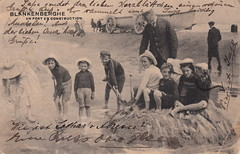 Blankenberghe. Un fort en construction [A fort under construction] (c.1911) (pellethepoet) Tags: postcard photograph cartepostale cartespostalesanciennes blankenberghe blankenberge belgium westflanders europe beach children boys boat sandcastle kinderen jongens spade