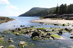 Another beautiful day (Alex L'aventurier,) Tags: portaupersil charlevoix quebec qubec canada nature light lumire vert green paysage landscape scenery trees forest fort mountain montagne river fleuve sky ciel clouds nuage eau water roche rocher stones