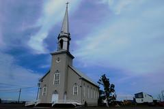 L'glise Saint-Franois-Xavier in Grande-Valle, Qubec (Ullysses) Tags: glisesaintfranoisxavier qubec canada gaspesie hautegaspesie glise church romancatholic summer t grandevalle