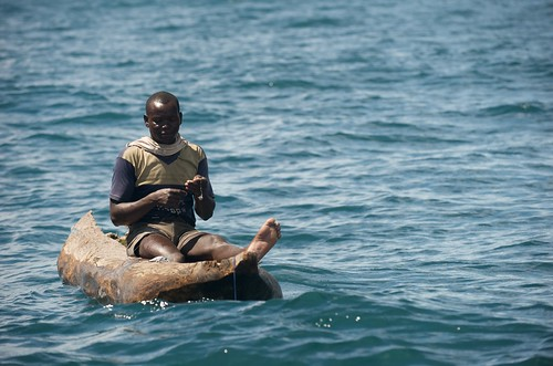 Checking line, Lake Malawi, Malawi. Photo by Patrick Dugan, 2008.