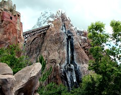 disney-expedition-everest-animal-kingdom (funmamas) Tags: disneyworld animalkingdom expeditioneverest disneythemeparks