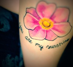 Matching Mommy Daughter Tattoo (Stevie Nicole) Tags: flower sunshine tattoo anemone pointblank