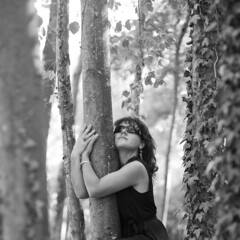 L'arbre #01 (Remy Carteret) Tags: trees blackandwhite bw woman white france tree girl rock female forest portraits canon square eos blackwhite model rocks noir noiretblanc femme nb squareformat mk2 5d canon5d lunettes rocher forêt bois rochers mkii markii nargis mark2 loiret blancblack canoneos5dmarkii 5dmarkii canon5dmark2 dordives 5dmark2 canon5dmarkii canoneos5dmark2 remycarteret rémycarteret