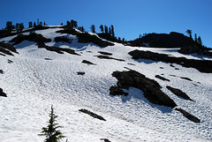 Looking up Park Butte (Sotosoroto) Tags: snow mountains washington hiking cascades mtbaker dayhike parkbutte