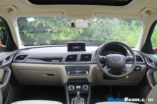 2012-Audi-Q3-30