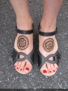 Mandala feet