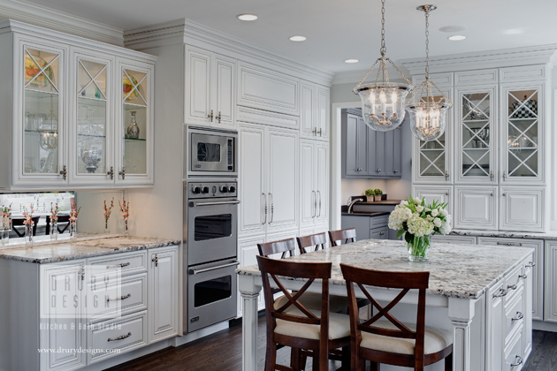 Traditional Kitchen Design Portfolio - Drury Design - Greater Chicago