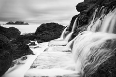 sutro waterfall (hbphototeach) Tags: approved sutrobaths sanfrancisco bayarea california longexposure hightide landscape seascape sealrocks blackandwhite
