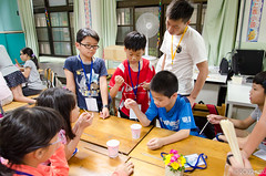 DSC_0536 (roger528852momo) Tags: 2016           little staff person explore summer camp hokuzine ever worker china youth corps ying qiao elementary school arduino robot food processing workshop taipei taiwan roger huang roger528852momo