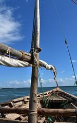 Sailing on a wooden dhow to Kiwla Kisiwani from Kilwa Masoko (11) (Prof. Mortel) Tags: tanzania dhow kilwamasoko kilwakisiwani