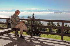 20160807_031_DennisWansink (Dennis Wansink) Tags: zoogdiervereniging zomerkamp hansbekker portret lezen boek montblanc bergen panorama jura alpen vaud zwitserland ch