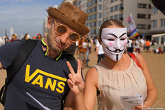 OpAwakening Oostende (Red Cathedral is offroad + off-grid in les Pyrn) Tags: sonyalpha a77markii a77 mkii eventcoverage alpha sony colorrun sonyslta77ii slt evf translucentmirrortechnology redcathedral belgium alittlebitofcommonsenseisagoodthing activism protest oostednde oostende ostend anonymous mask guyfawkes revolution demonstration maskedface millionmaskmarch mmm2016
