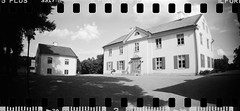 2016-08 - 069SR - DSC_9986 (sarajoelsson) Tags: sprocketrocket blackandwhite bw panorama panoramic sprocketholes digitizedwithdslr toycamera ilford sweden 135 35mm 2016 hp5 monochrome plasticlens everydaylife filmphotography filmisnotdead believeinfilm filmshooter film wideangle biskopsarn hc110 lomography lomo summer august