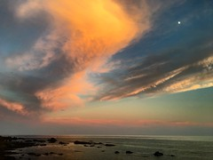 (000verthinking) Tags: clouds mediterraneansea moon colours sky sunset iphone nofilter ceuta