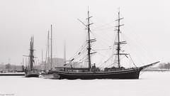Old harbour (hugues mitton) Tags: port suomi helsinki 100views neige bateau usine voilier glace banquise finlande centralethermique