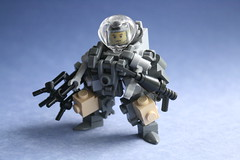 Another Diving Suit [Explored] (CoIor!) Tags: water lego sub hard diving suit claw apoc