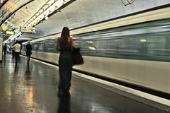17 (FedericoManca) Tags: paris underground metro stazione metropolitana metropole parigi mosso treni federicomanca strazioni metroperigina