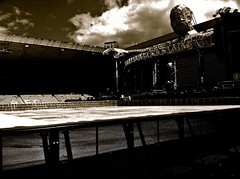 Before anyone arrives ... (essjaie) Tags: progress robbiewilliams photostream markowen garybarlow takethat 2011 jasonorange howarddonald progresslivetour