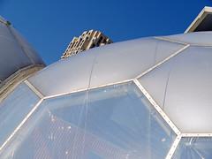 The floating pavilion (Stewart Newdale, der Maulwürfel) Tags: rotterdam geodesicdomes havendagen floatingpavilion