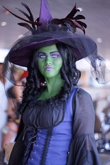 Wicked Witch of the West Cosplay - Baltimore Comic-Con 2012 (Stephen Little) Tags: day2 costumes comics costume cosplay oz comicbook heroes cosplayer comiccon con bcc daytwo cosplayers costumers costumeplay 50mmf17 minolta50mmf17 baltimorecomiccon minoltaaf50mmf17 minolta50mm sonya77 jstephenlittlejr slta77 sonyslta77 sonyslta77v sonyalphaslta77v bcc2012 baltimorecomiccon2012