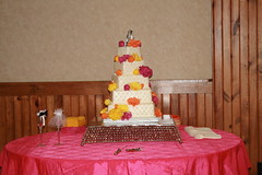 "Quilted and floral wedding cake • <a style=""font-size:0.8em;"" href=""http://www.flickr.com/photos/60584691@N02/7977192249/"" target=""_blank"">View on Flickr</a>"