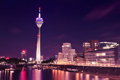 Rheinturm Dsseldorf III (_flowtation) Tags: longexposure blue light reflection water colors reflections river germany deutschland lights licht nikon wasser nacht gehry fernsehturm nightshots vodafone bluehour blau hafen dsseldorf rhine rhein frankgehry spiegelung duesseldorf tvtower lichter nighthawks televisiontower langzeitbelichtung rheinturm medienhafen blauestunde rheinriver mediaharbour rhinetower rheintower mediaharbor hayatthotel d5100 gehrydsseldorf alterzollhafen nikond5100 hayattdsseldorf