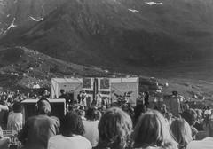 PEM-UNG-00064 Draugen vise- og rockfestival i Melfjordvær