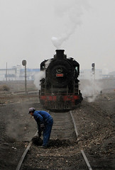 I_B_IMG_8193a (florian_grupp) Tags: asia china steam train railway railroad bayin lanzhou gansu desert landscape loess mountains sy ore mine 282 mikado steamlocomotive locomotive