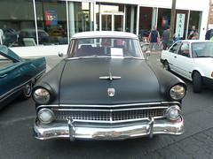 1955 Ford Customline (bballchico) Tags: 1955 ford customline spokanewashington carshow