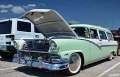 1956 Ford Country Sedan (Chad Horwedel) Tags: 1956fordcountrysedan fordcountrysedan ford countrysedan classic wagon stationwagon hotrodpowertour2016 hrpt2016 kansascityspeedway kansascity kansas