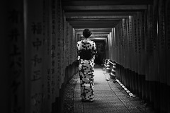 shrine (dako_huang) Tags: dakohuang streetphotography blackandwhitephotography japan kyoto