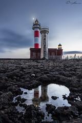 Lighthouse El Cotillo (ColognePhotograph) Tags: clouds colors dmmerung dusk farben leuchtturm lichter light lighthouse mond moonlight reflection reflektion schein wasser water wolken