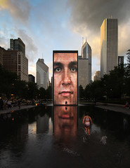 crown fountain (schromann) Tags: park sunset chicago reflection fountain brunnen millenium oil crown standard plensa jaume verspiegelung 20120812