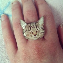 Cutest ring ever (Kitten Moon) Tags: cute valencia cat square squareformat etsy catring iphoneography fazjewelry instagramapp uploaded:by=instagram