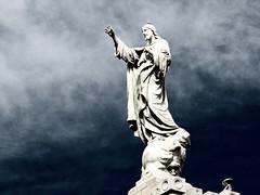 Escultura del Sagrado Corazn de Jess (jlmaral) Tags: espaa azul spain basilica jesus asturias cielo estatua gijon asturies sagradocorazndejesus