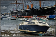 Little and Large (Phillips (Tony)) Tags: portsmouthharbour hmswarrior thegalaxy 1001nightsmagiccity mygearandme rememberthatmomentlevel1