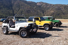 Starting out (Nick / KC7CBF) Tags: 2001 white mountain mountains green yellow creek jeep offroad 4x4 boulder basin idaho toyota land yj landcruiser cruiser tj wrangler