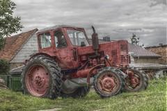 kleiner roter traktor (acidpix) Tags: canon eos 50mm traktor 7d hdr luminance planar carlzeiss czj 1450 planart1450ze