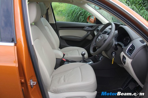 2012-Audi-Q3-43