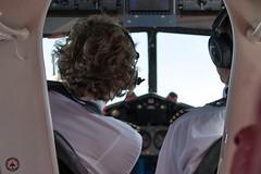 D-INKA cockpit maloche (foto-metkemeier.net) Tags: ltuclassics dinka dehavillanddove luftbilderruhrgebiet luftbilderduisburg luftbilderessen luftbildercrangerkirmes crangevonoben rundflug ruhrgebiet