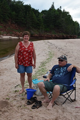 PEI - 2016-07-0088a (MacClure) Tags: canada pei princeedwardisland littleharbour beach family patty lindsay