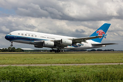 Airbus A380-841 China Southern Airlines B-6140 (AMS) (Yohann CASSE) Tags: spotting spotteur schiphol superjumbo airbus a380 aeroport airport amsterdam chinasouthern b6041